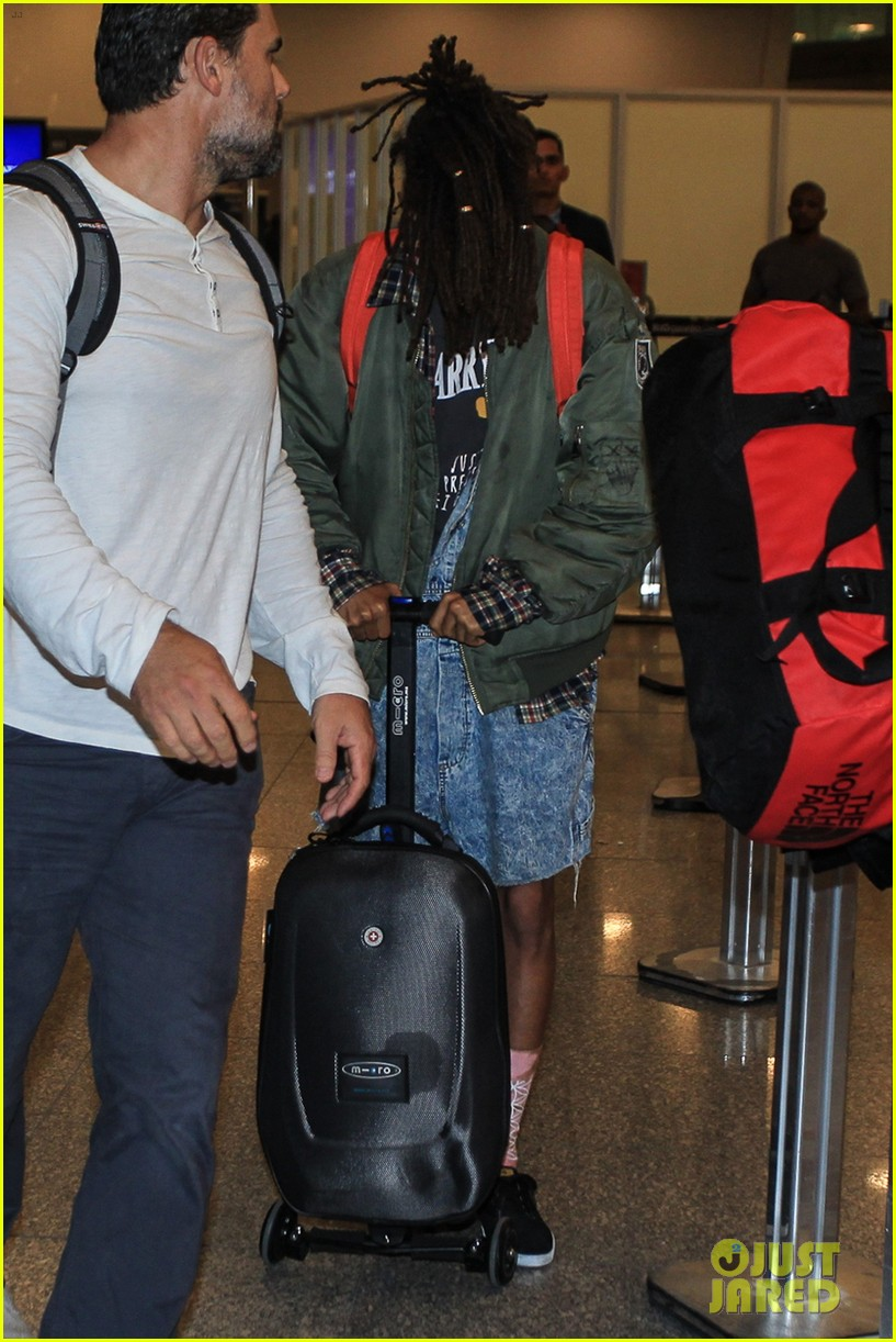 jaden smith arrives brazil luggage scooter 293672132