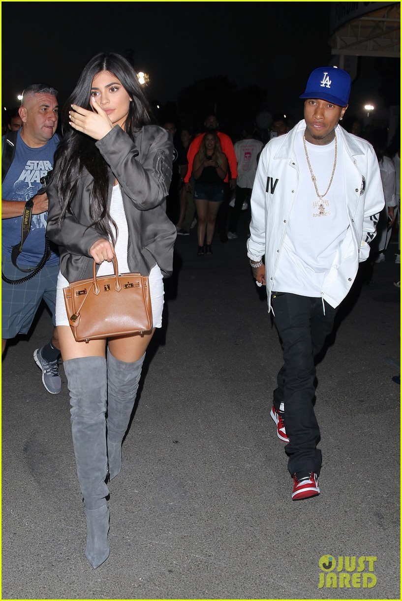 dad4da83883 Kylie Jenner   Tyga Couple Up at Kanye West Show in LA  Photo 3691174