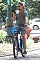 leonardo dicaprio citibikes in nyc 02