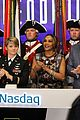 liam hemsworth rings nasdaq bell nyc 34