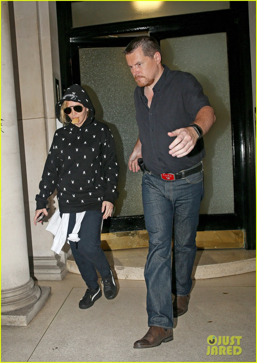 Pictures Of Madonna Pregnant 81