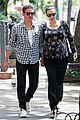 liv tyler strolls with fiance 10