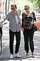 liv tyler strolls with fiance 15