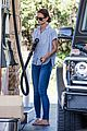 katie holmes gasses up truck 17