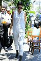 kendall jenner grabs lunch wiith scott disick holiday weekend 07
