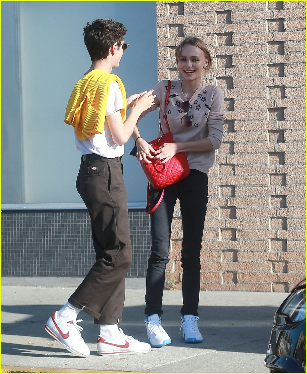 lily rose depp has a casual lunch in hollywood 023700115