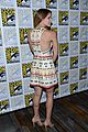 katharine mcphee goes to comic con brings dog wilma 11