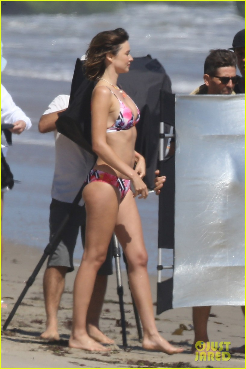 Full Sized Photo of miranda kerr flawless body bikini ...