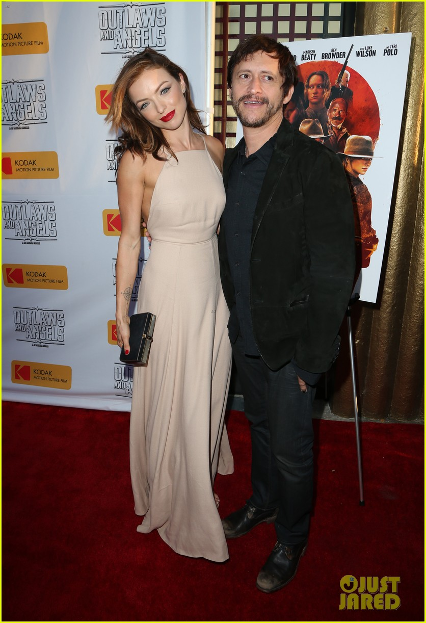 chad michael murray gets support from awesome wife sarah roemer at outlaws angels 203705258
