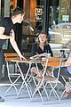 elizabeth olsen chats it up on her lunch date 03