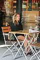 elizabeth olsen chats it up on her lunch date 15