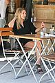 elizabeth olsen chats it up on her lunch date 19