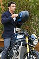 orlando bloom takes his motorcyle to malibu 02
