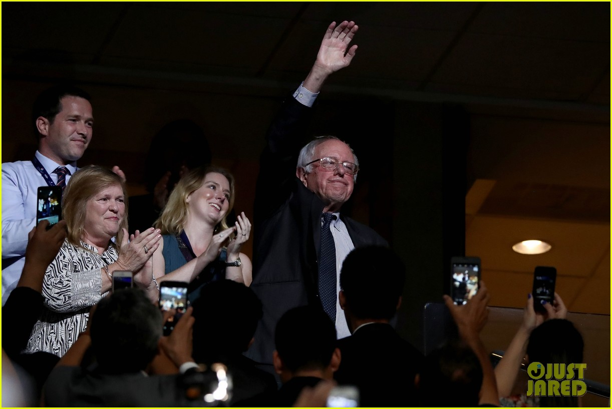 larry sanders casts vote for brother bernie at dnc 043717997
