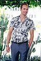 alexander skarsgard smiles away for tarzan photo call in brazil 11