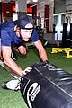 shawn booth works out with nyc first responders 04
