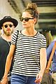 katie holmes takes her daughter suri on a trip ti an art museum 01