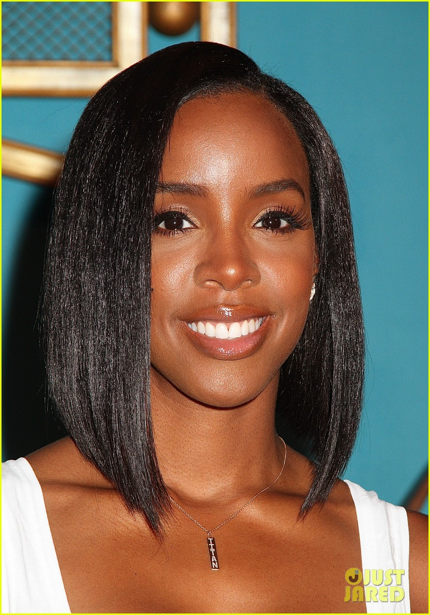 Kelly Rowland Rocks New Bob Haircut At Ben's Beginners Cooking Contest ...