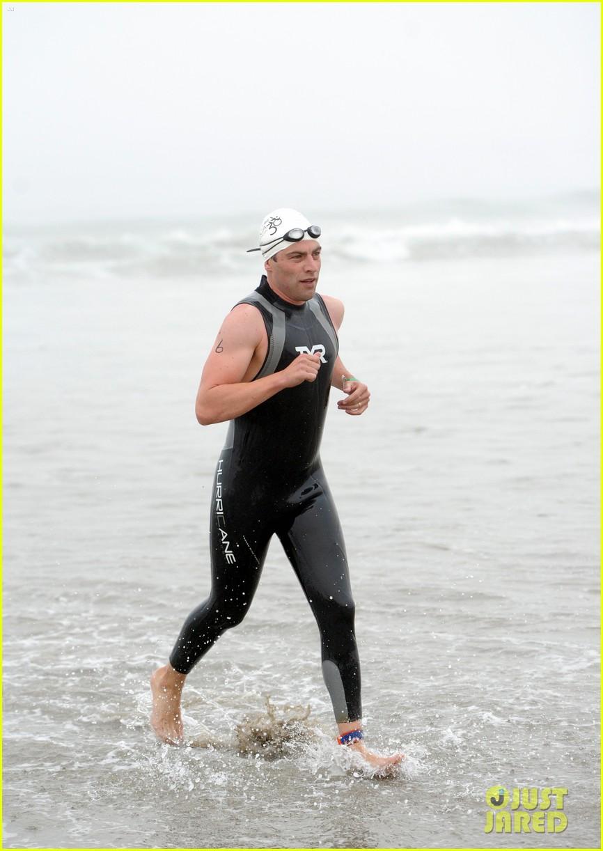 james marsden zac efron among celebs malibu triathlon 393763402