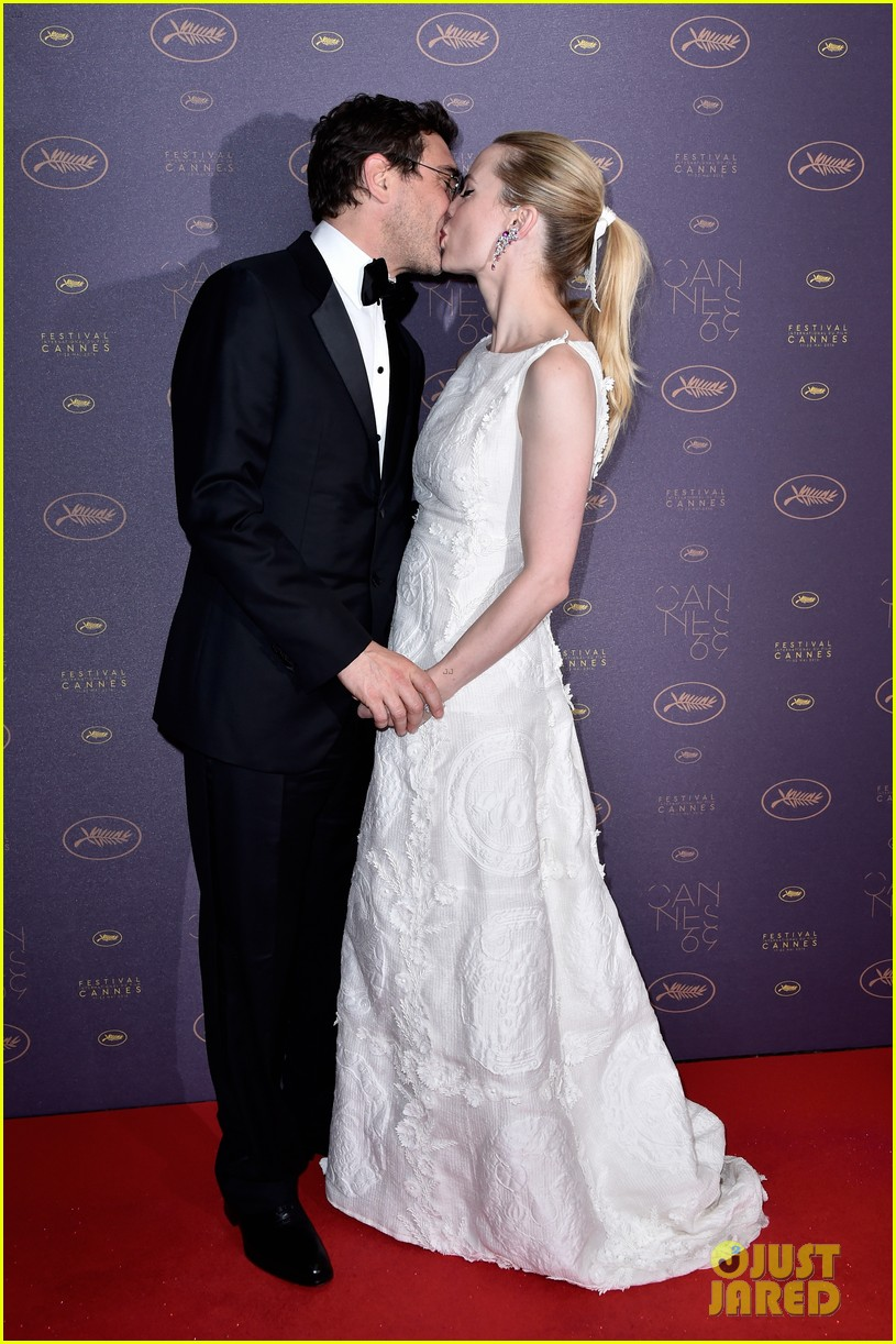 About this photo set: Melissa George has been hospitalized after allegedly being assaulted by her partner Jean-David Blanc. The 40-year-old Grey's Anatomy actress called the police… Read More Here