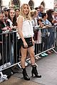 ellie goulding pulls double duty during london fashion week 09