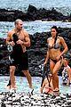 sam hunt goes shirtless in hawaii with girlfriend hannah lee fowler 03