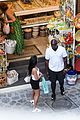 kourtney kardashian kris jenner capri vacation 11