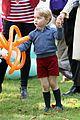 kate middleton prince william balloon animals george charlotte 34
