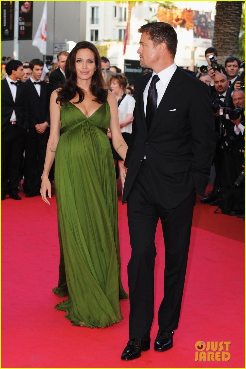 Angelina Jolie Met Gal...