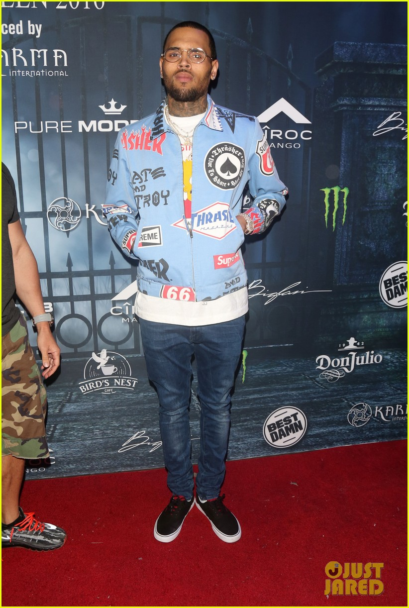 chris brown maxim 2016 halloween party 193791748