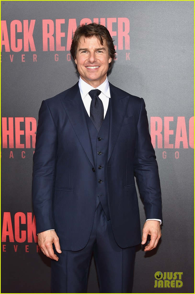 tom cruise premieres jack reacher never go backmytext01mytext3787309