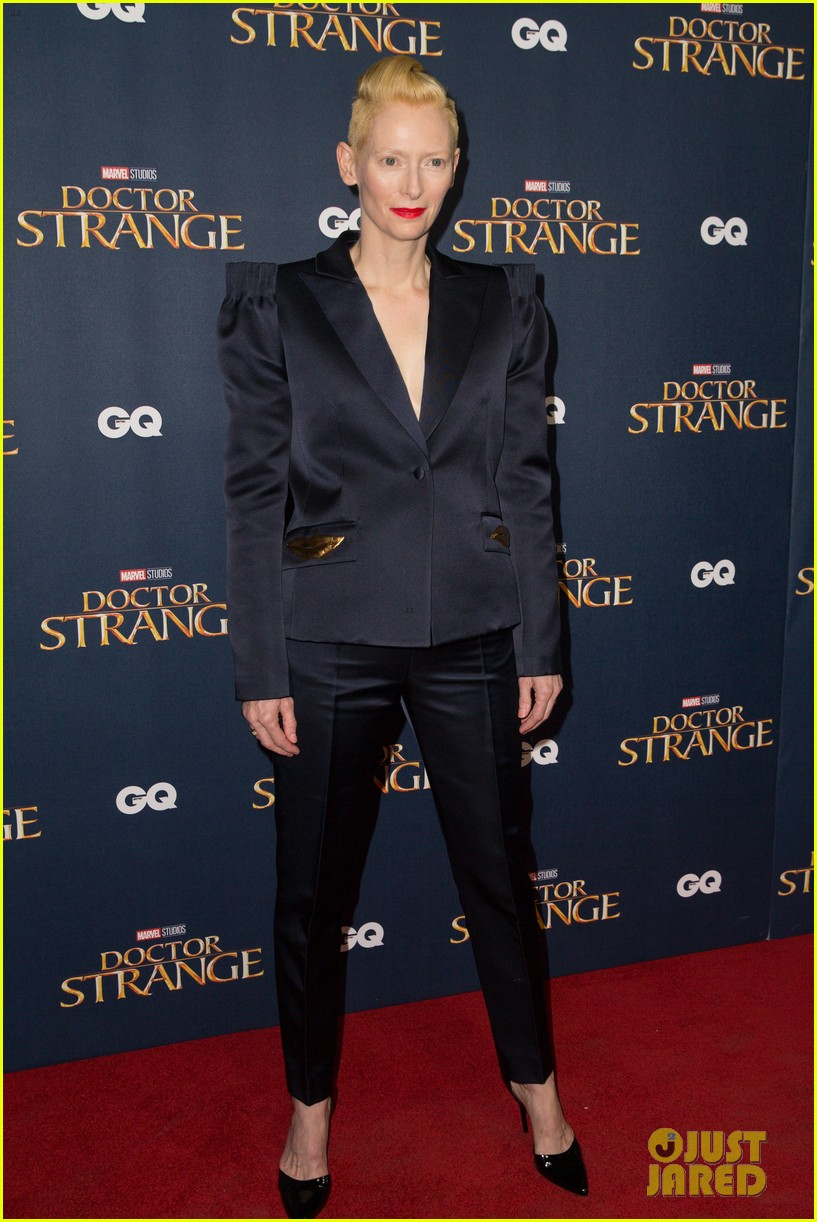 benedict cumberbatch rachel mcadams doctor strange uk fan screening 263792539