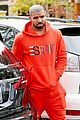 drake wears orange sweats for lunch 02