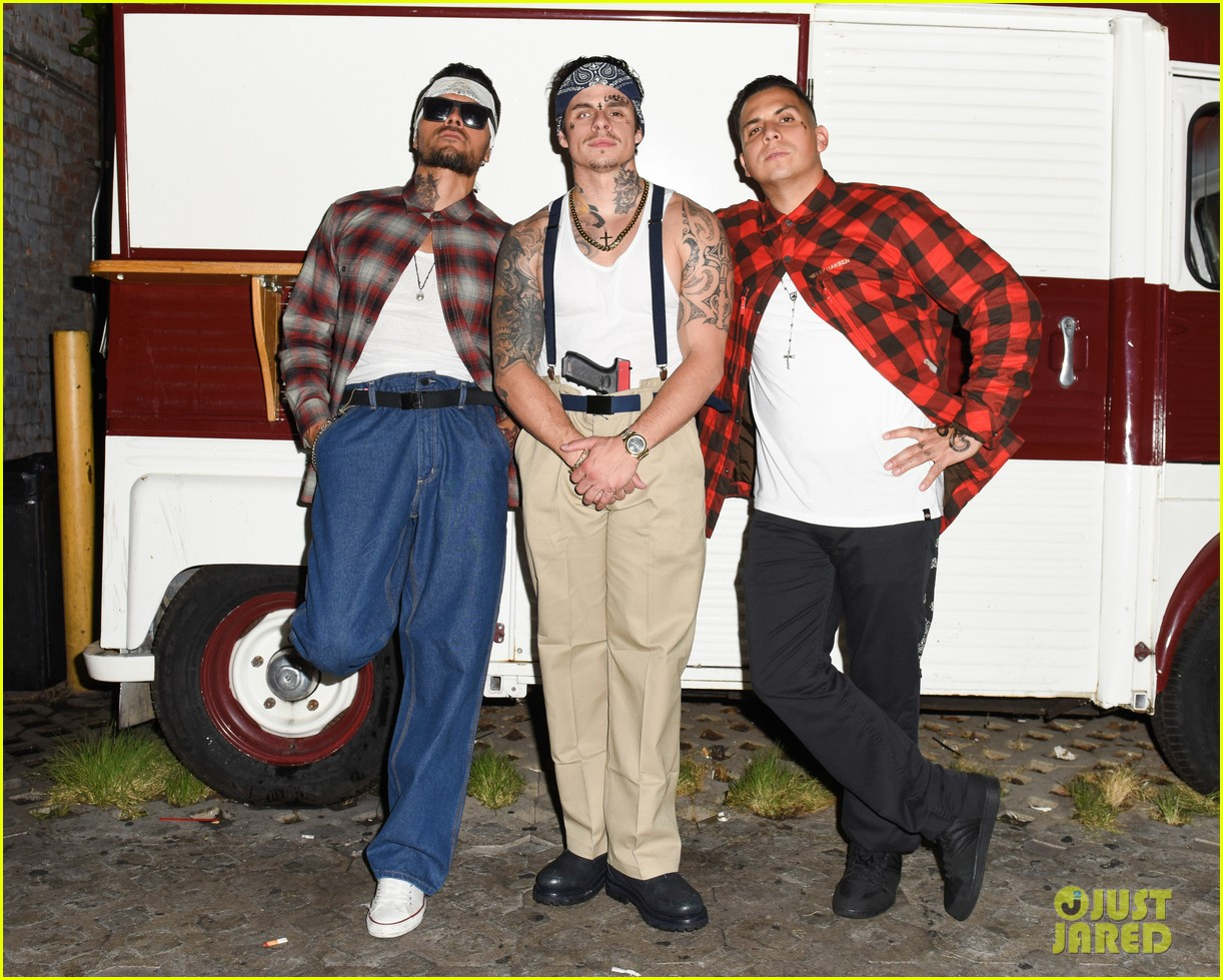 Paris Hilton, Aubrey O'Day, & Pauly D Ring In Halloween with Just ...