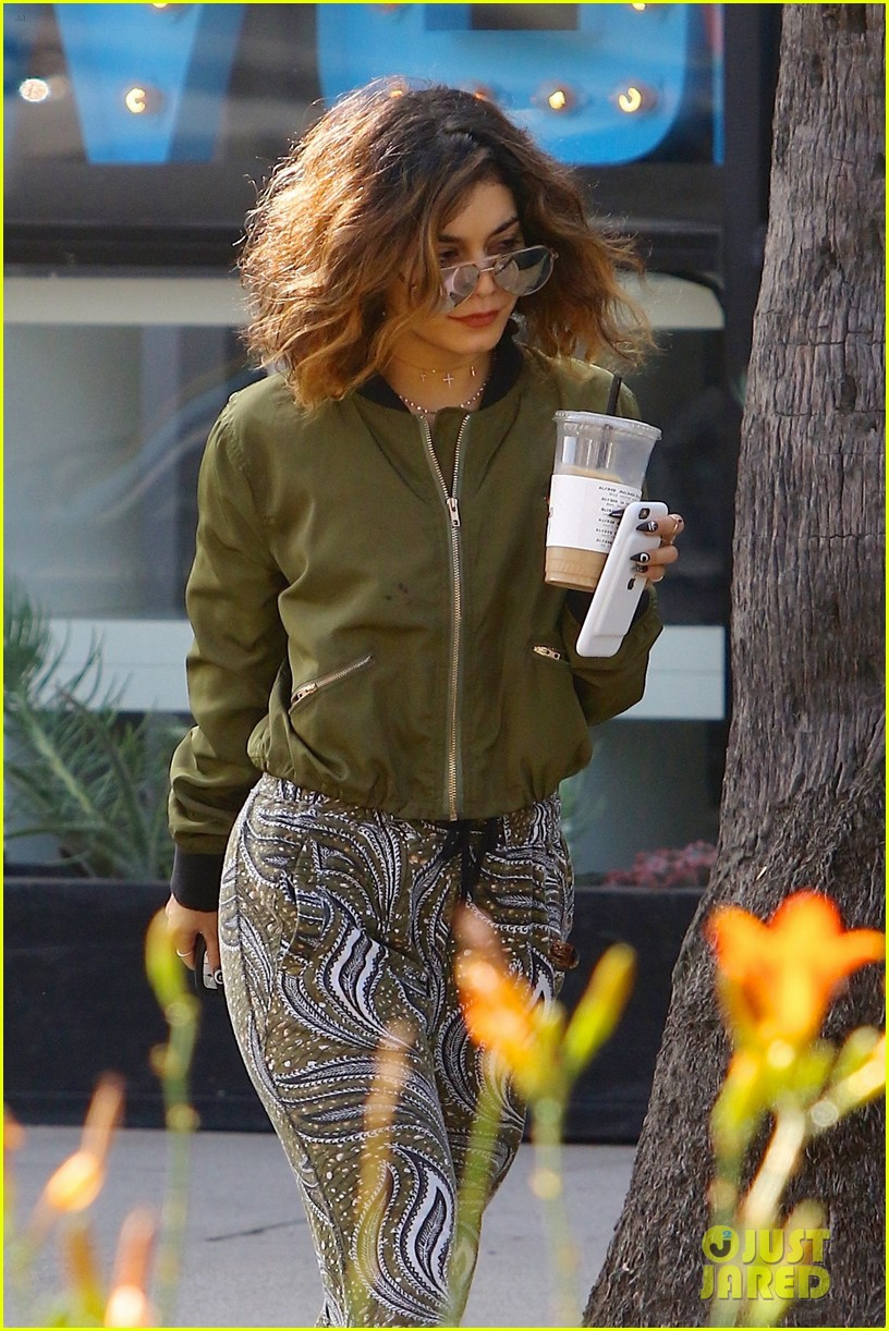 vanessa hudgens austin workout coffee halloween instagram 143786351