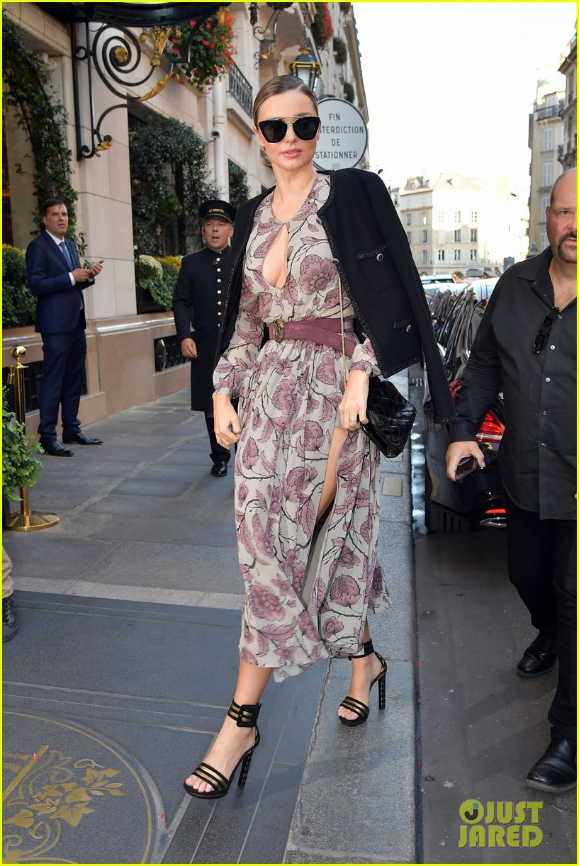 Miranda Kerr Rocks Four Looks in One Day During PFW: Photo ...