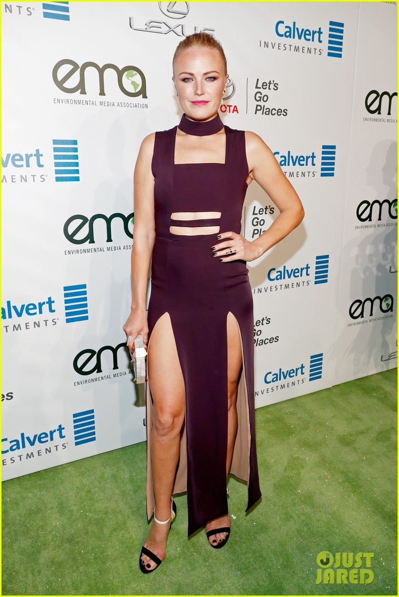 nicole richie hosts 2016 ema awards 01
