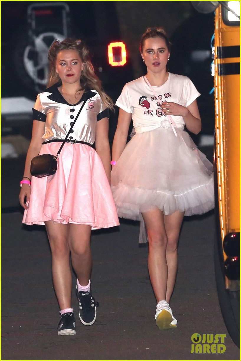 suki waterhouse 50s halloween katy perry 033797592