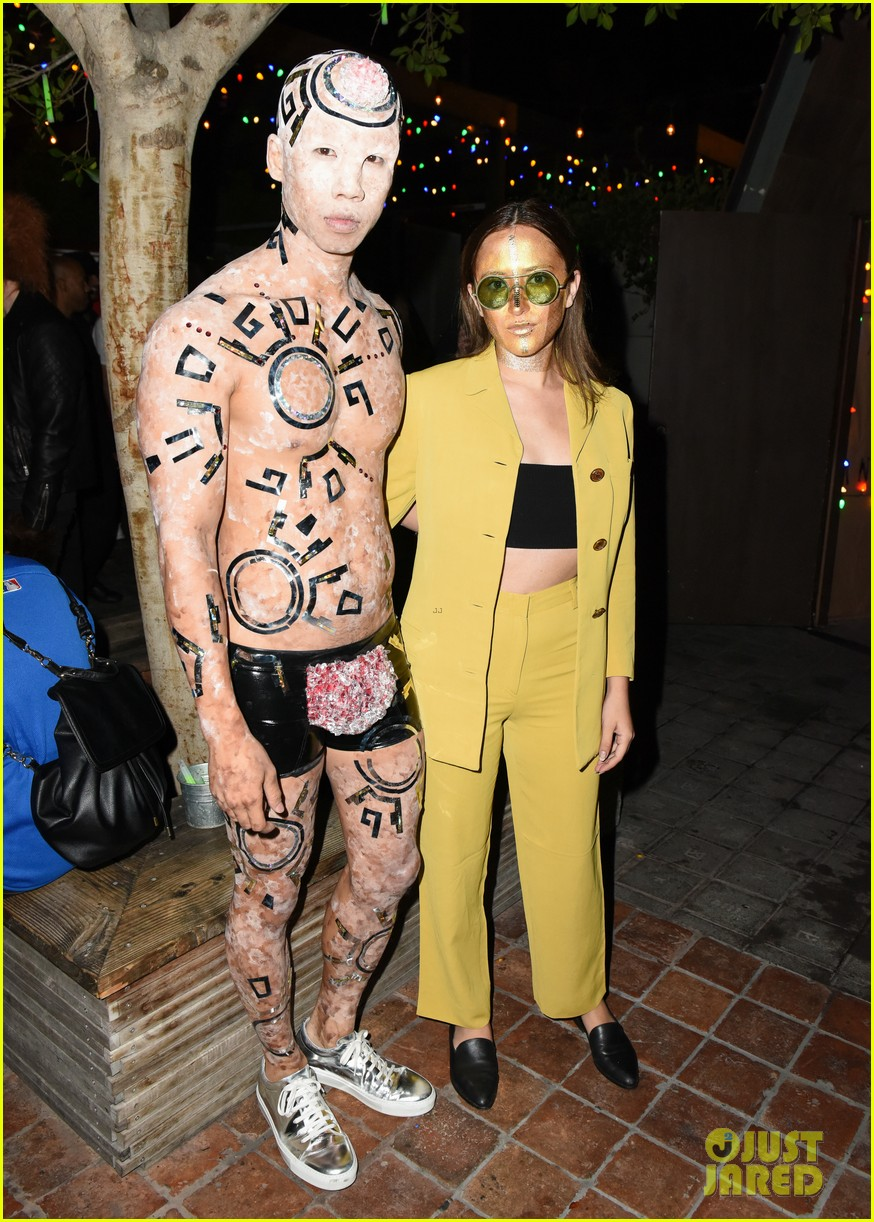 michelle trachtenberg jess weixler just jared halloween party 013798715