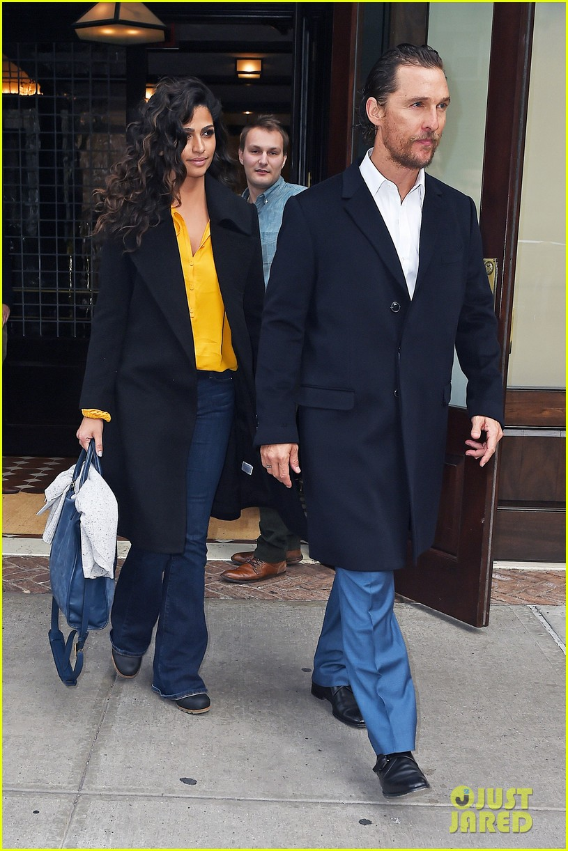 matthew mcconaughey camila alves step out for date night in nyc 133809701