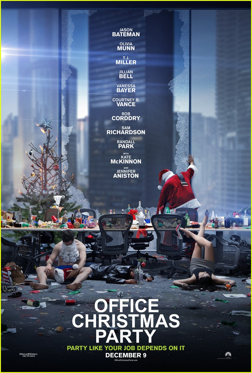 jennifer aniston office christmas party trailer 203801223