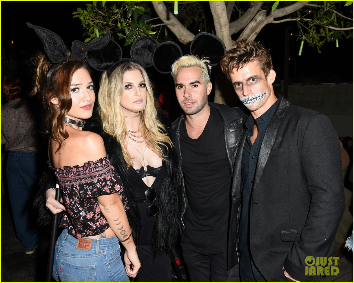 DJ Bobby French Kept the Crowd Dancing at Just Jared's Halloween ...