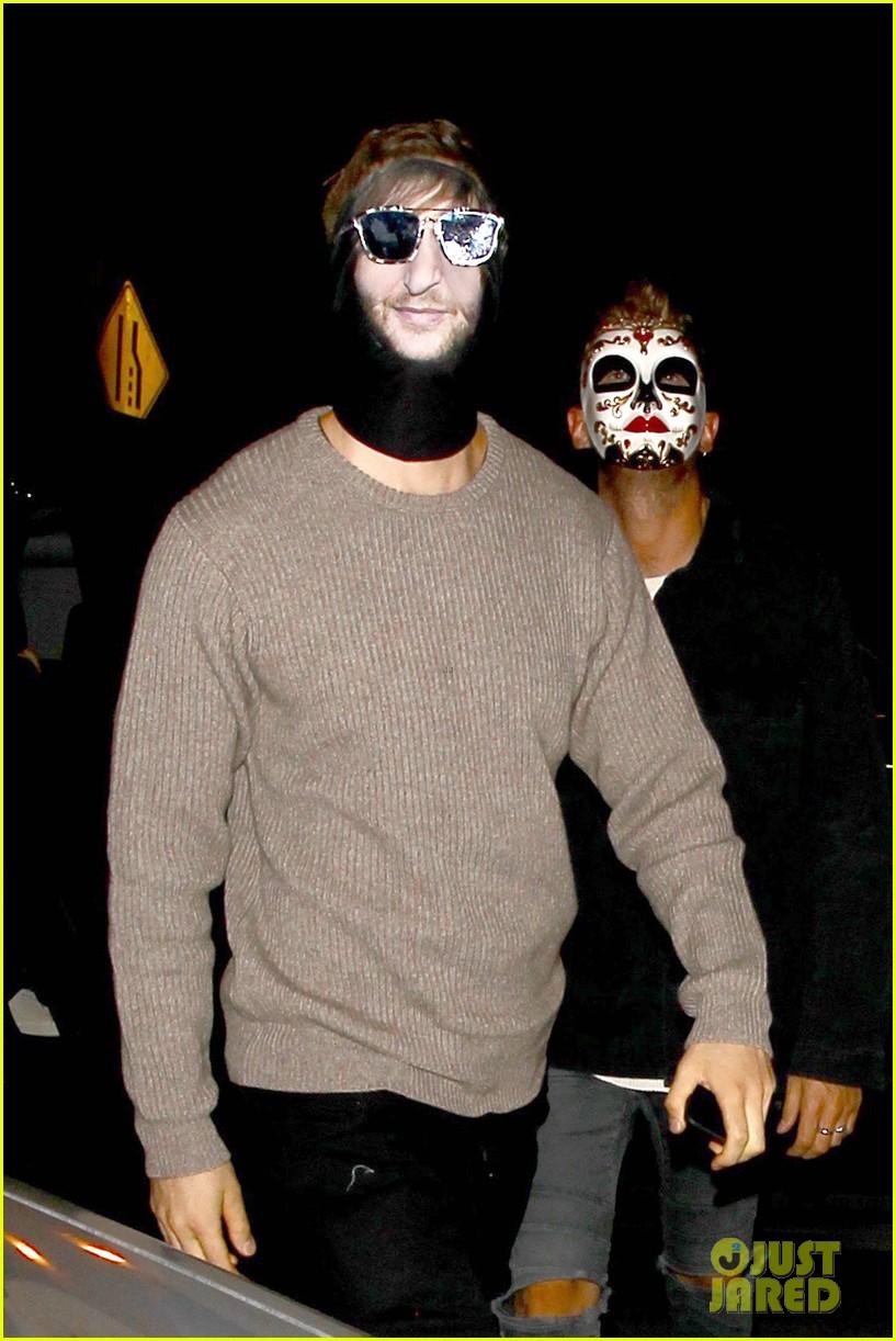 Calvin Harris Dresses as David Guetta for Halloween!: Photo ...