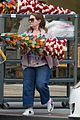 melissa mccarthy shopping christmas decorations 14
