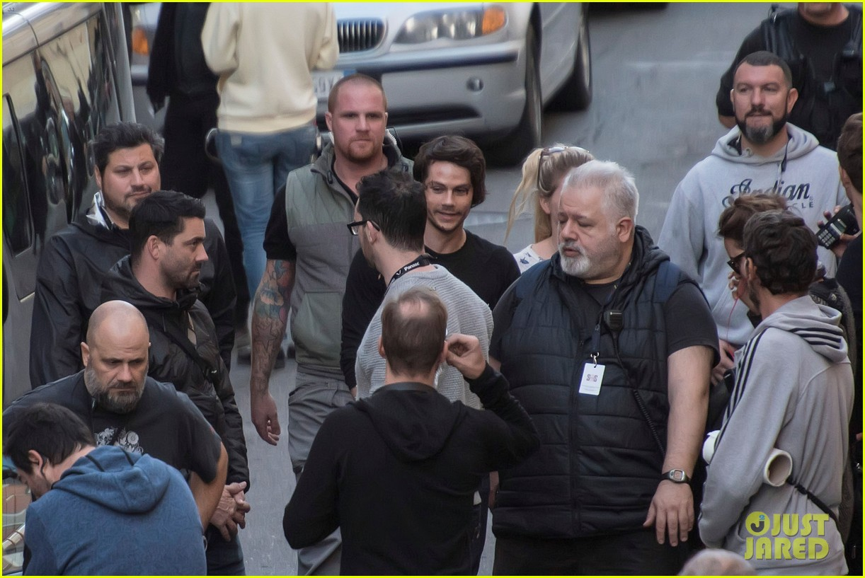 dylan obrien spotted on set for first time since accident 343814340