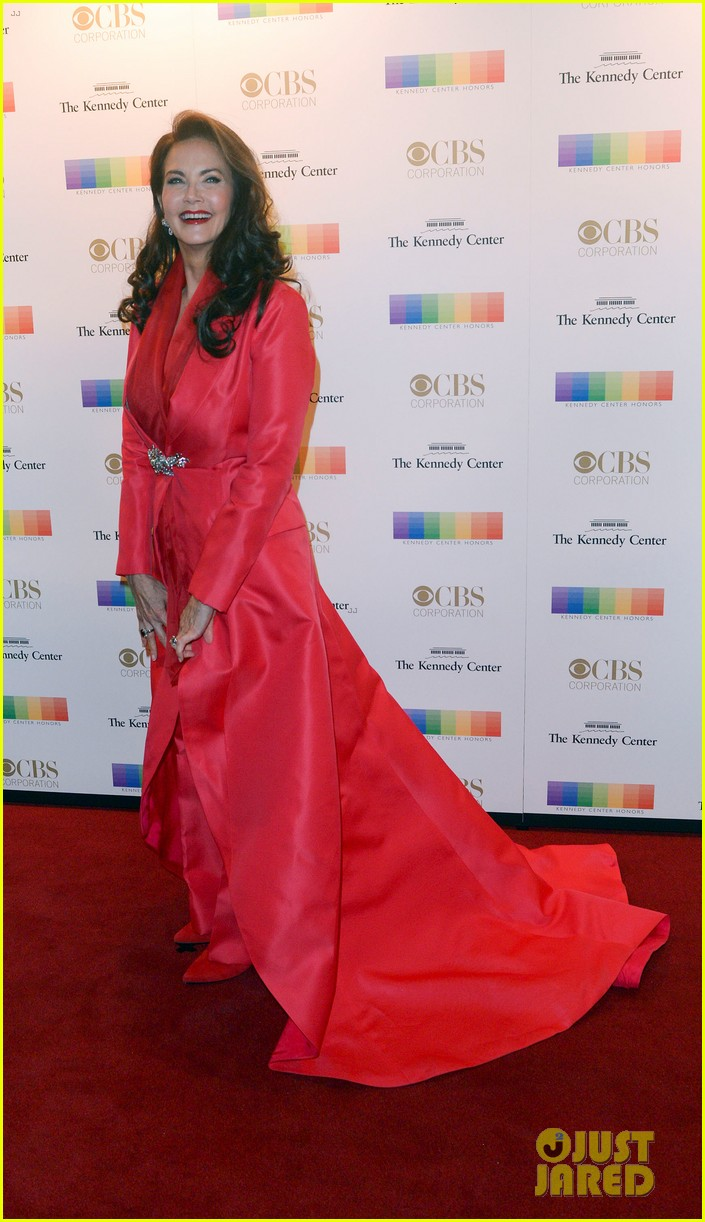 lily aldridge kings of leon rock red carpet at 2016 kennedy center honors 193821272