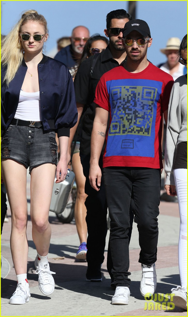 Joe Jonas - Sextape mit Freundin Blanda Eggenschwiler