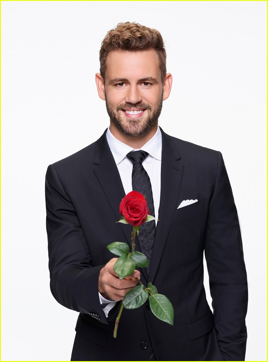 See All Of Nick Viallu0027s Super Sexy U0027The Bacheloru0027 Promo Pics!: Photo  3826625 | Nick Viall, The Bachelor Pictures | Just Jared