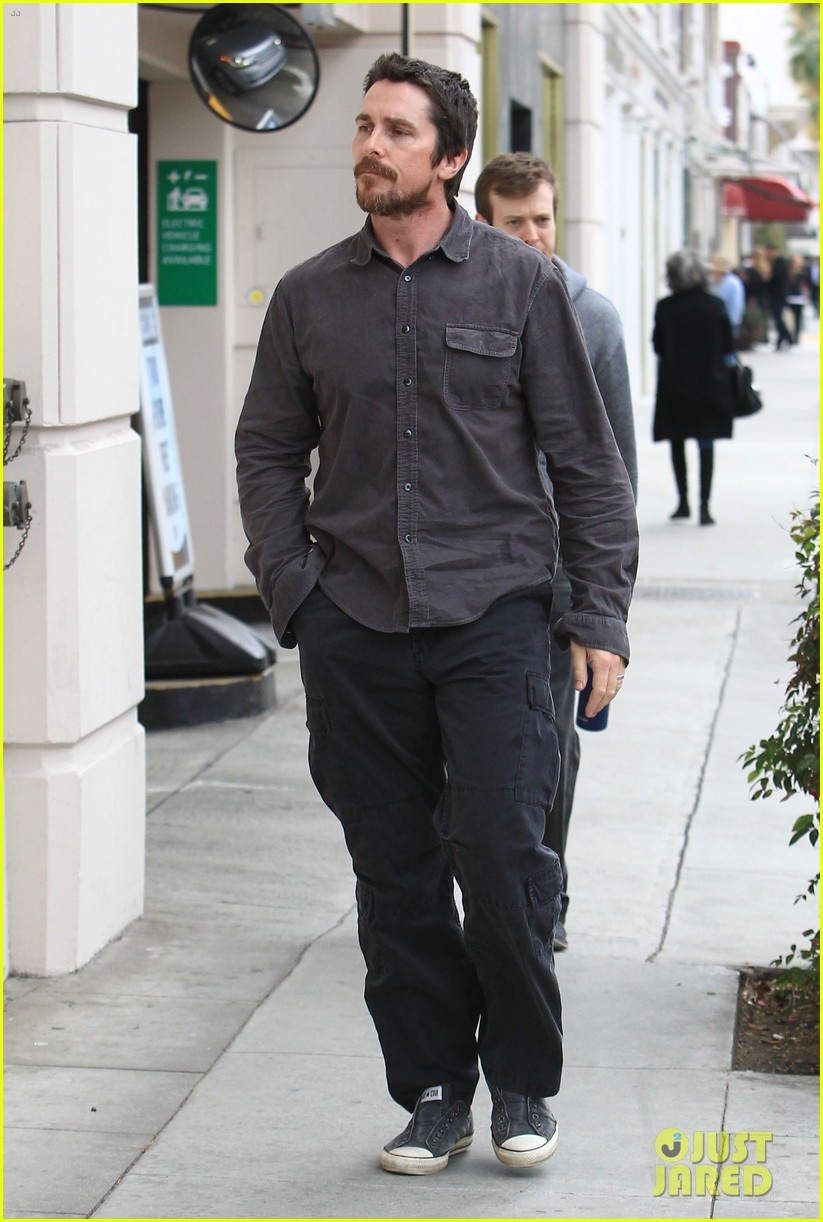 christian bale sibi blazic hold hands stroll around town 033844940