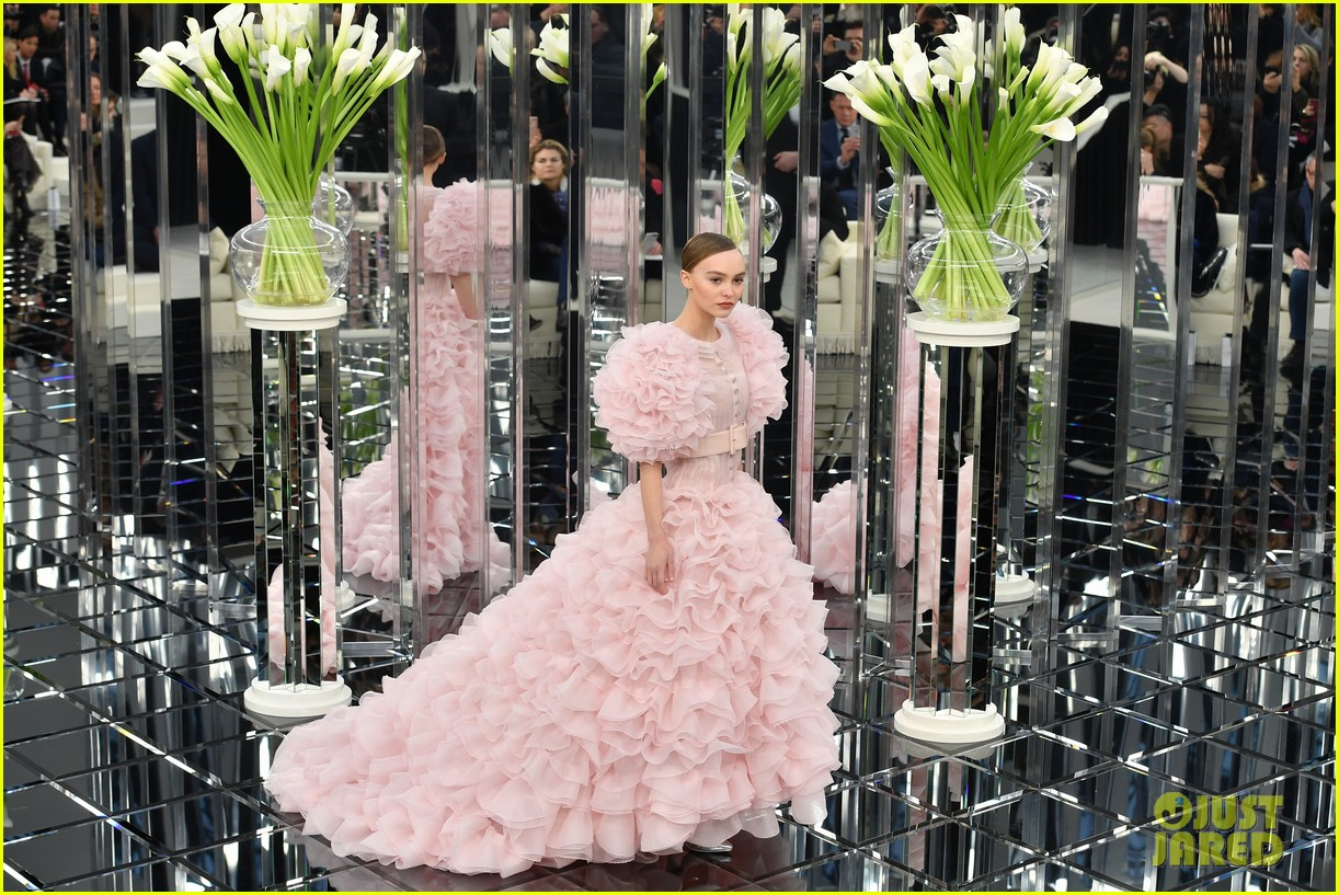 Kendall Jenner, Bella Hadid & Lily-Rose Depp Go Glam For Chanel ...